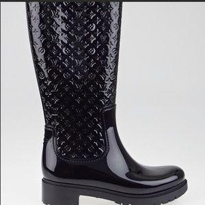 LOUIS VUITTON Black Rubber High Rain Boots Size 7